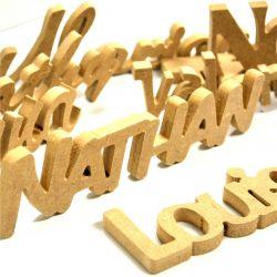Découpe de votre prénom dans du bois (médium 10mm)