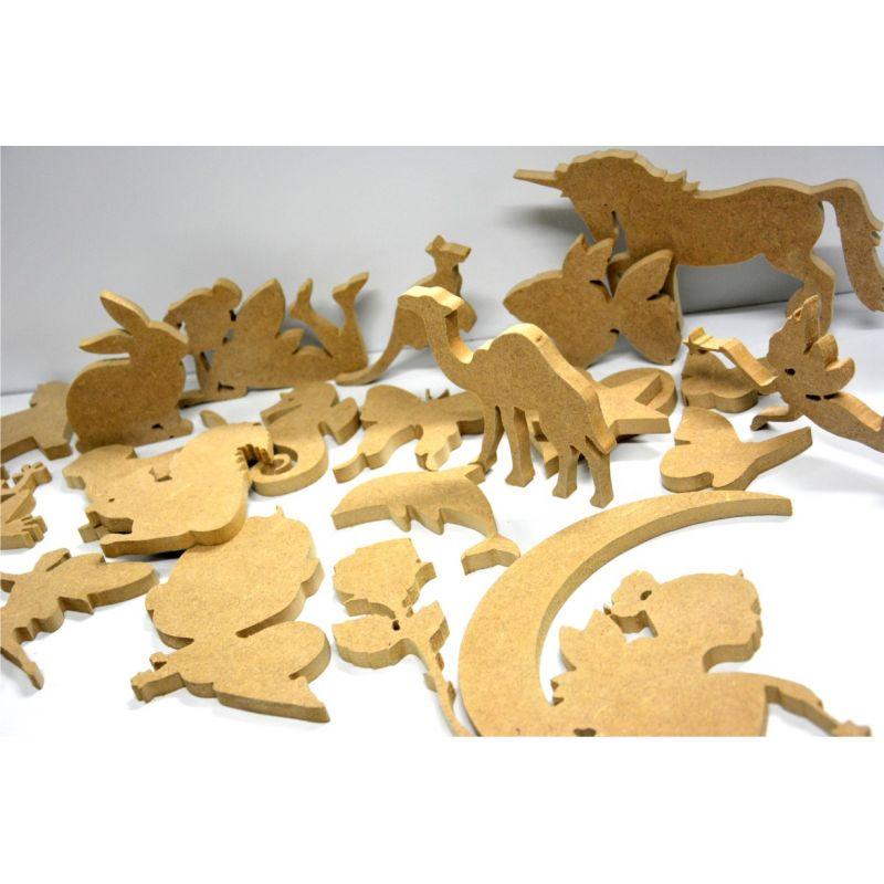 Découpe de silhouette dans du bois (médium 10mm)