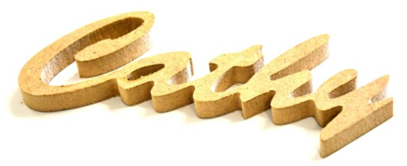 decoupe de prénom en bois