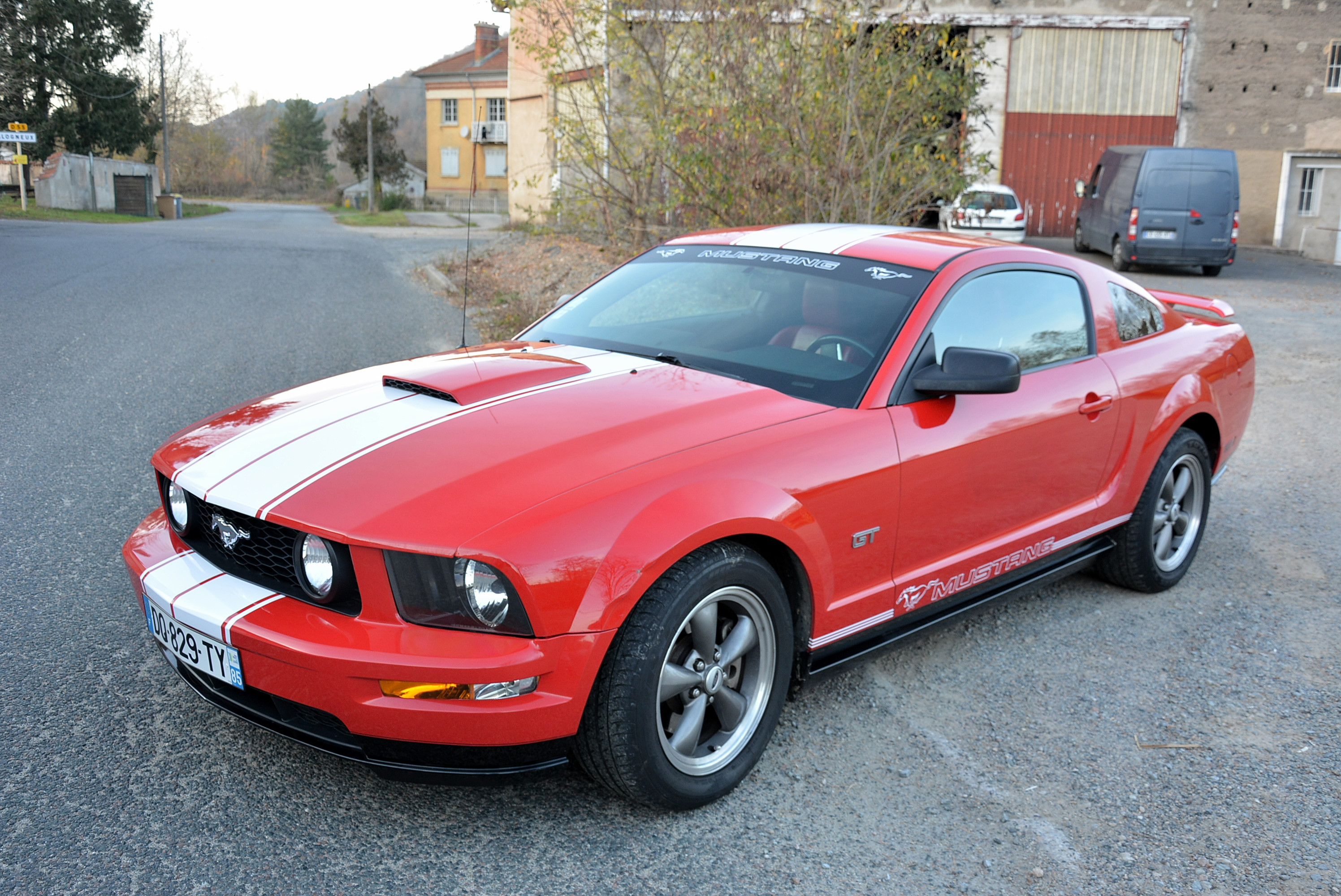 bandes ford mustang